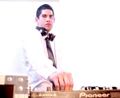 DJ Photo Tyler 1