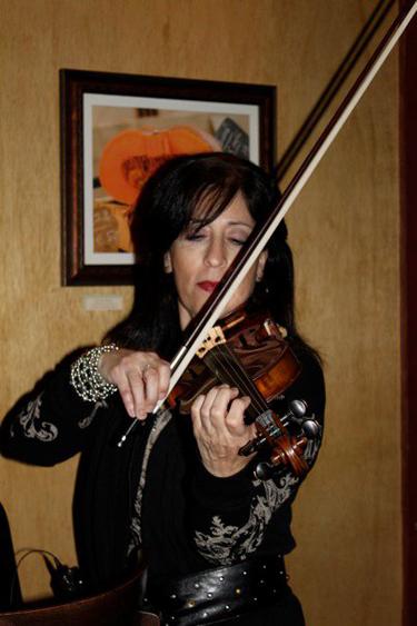 Violinist Mary 4