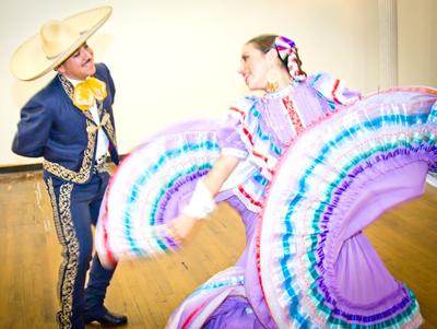 Folkloric Dancers 3