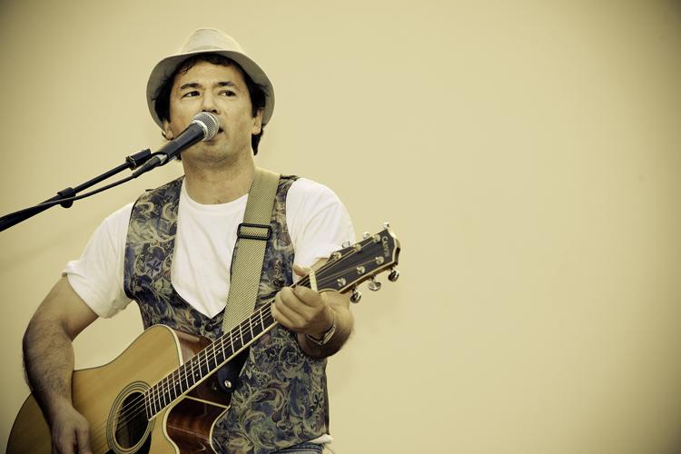 Guitarist Bryce 5