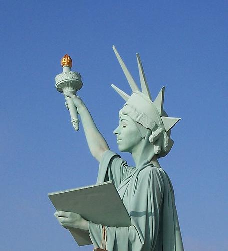 Living Statue 2