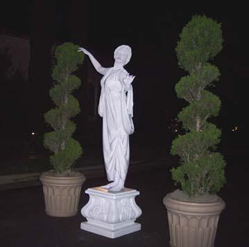 Living Statue 4